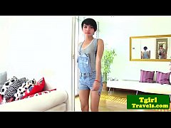 Clip sex Young ladyboy Sofie gives hot solo show