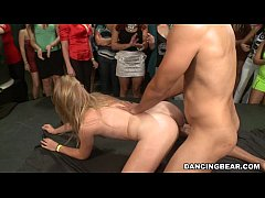 HD Babe cheats on her man in front of other Women