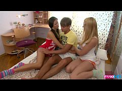 Clip sex Russian Coeds intense dorm room threesome