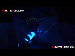 BlackWidow Blacklight solo masturbation