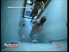 Big Brother Poland Shower With Several Be ...