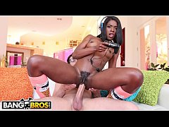 BANGBROS - My Hot Black Video Gamer Girlfriend Ana Foxxx Knows Her Way Around A Joystick