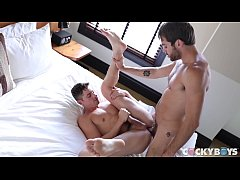 Sexy stud Taylor Reign gets nailed by uber hot jock Max Adonis at CockyBoys