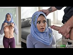 petite muslim babe with hijab got anal