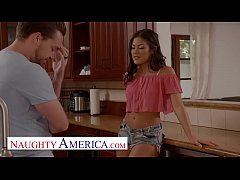 Naughty America - Kendra Spade flirts and fucks her neighbor