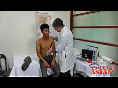 Asian twink barebacks with mature deviant in doctors office