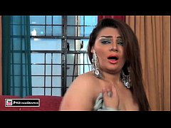 GHAZAL CHAUDHARY NEW BOLLYWOOD MUJRA - PAKISTANI MUJRA DANCE - YouTube