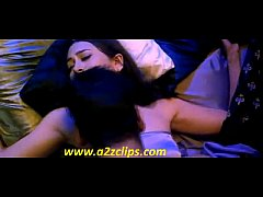 Karishma Kapoor hot sex scene !!