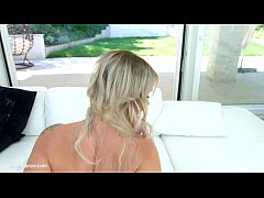 MILF Elen Million in hardcore gonzo sex scene