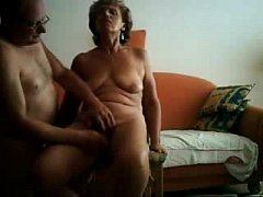 Old slut having great orgasm. Real amateur
