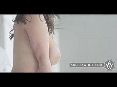 Big Tit Australian Angela White Masturbating and Pillow Riding