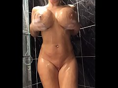34JJ Blonde shaves her pussy and fucks her tight holes - Thelonelyheart.com