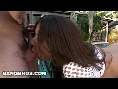 BANGBROS - Sexy PAWG Jynx Maze Gets Her Beautiful Big Ass Pounded (ap11204)