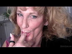 Cool granny solo action in fullhd
