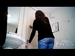 Amateur Hidden Cams Voyeur HD Videos Restroom Peeping Hidden Zone Pissing HD Video