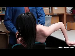 Teen Ivy Aura Is a Shoplifter And Gets Caught