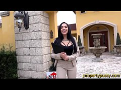 Big ass latina real estate agent sucks and bangs her client