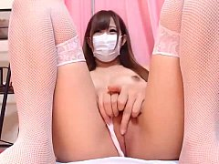 Japanese Cute Girl Shows Off on Webcam - SexyKamerka.pl