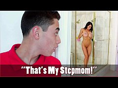 BANGBROS - Son Juan El Caballo Loco Spies On MILF Stepmom Reagan Foxx