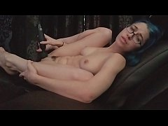 Masturbating in Daddy's chair! Showing you my feet, tits, and pussy. Alex Coal