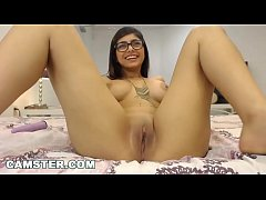 CAMSTER - Mia Khalifa Puts On a Webcam Show For Her Fans On Camster.com