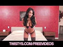 Perfect Latina bombshell Anissa Kate rubs her pussy to orgasm