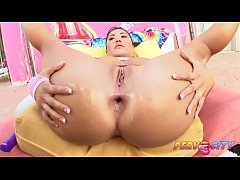 PervCity Asian Slut London Keyes Loves Anal with Mike Adriano