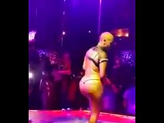 Clip sex Amber Rose Twerking and Stripping Super HOT!!!