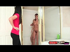 India Summer threesome with Hope Howell in the bathroom