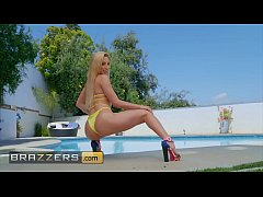 Big Wet Butts - (Abella Danger, Isiah Maxwell) - Poolside Booty - Brazzers