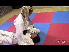 Girls wrestling in kimonos (real pindown match)