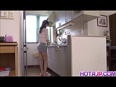 Clip sex Natsumi enjoys a good pounding