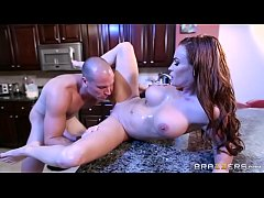 Brazzers - Diamond - Mommy Got Boobs
