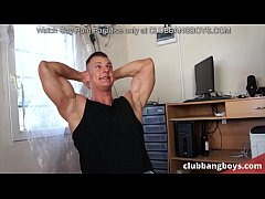 Bodybuilders love anal threesome as a postworkout