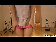 Beautiful eurobabe blows old male at casting