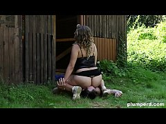 Facesitting on slave gardener with chubby euro blonde
