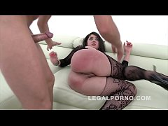 Big butt nympho Katlein Ria screams to the extreme during anal rodeo orgy