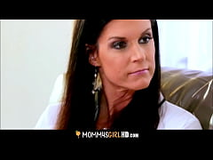 Skinny MILF Stepmom India Summer Shows Her Stepdaughter Hannah Hartman How To Orgasm
