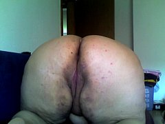 dirty sandra showing big ass pussy on cam