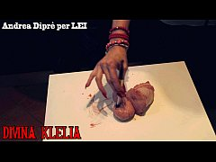 Mistress Divina Klelia destroys and cooks a couple of balls for Andrea Diprè
