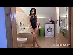 Fit Body - Hot babe Lexi Dona masturbates in a bubble bath