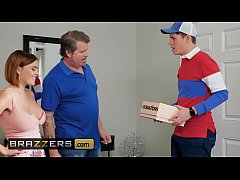 Milfs Like it Big - (Krissy Lynn, Justin Hunt) - Im A Giver And A Taker - Brazzers
