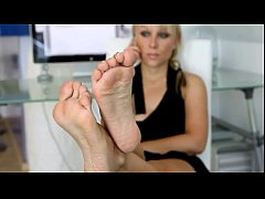 667437 sexy and beautiful soles