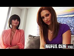 (Joslyn James, Sasha Summers) - Private Lessons from a Porn Star - Mofos B Sides