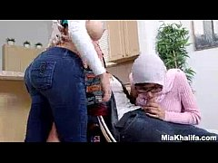 Mia Khalifa vs Her Mom