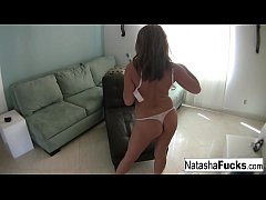 Clip sex Natasha enjoys a little alone time by herself