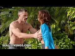 Milf Hunter - (Alexis Fawx, Charles Dera) - Garden Milf - Reality Kings