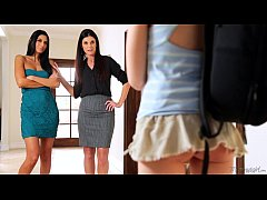 India Summer, Hannah Hartman and Nikki Daniels at Mommy's Girl