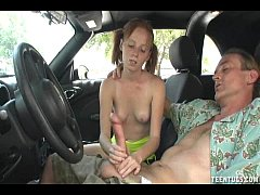 sdHorny Teen Babe Handjob In The Car