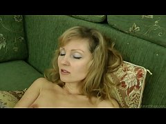 Sexy mom in stockings closeup masturbated